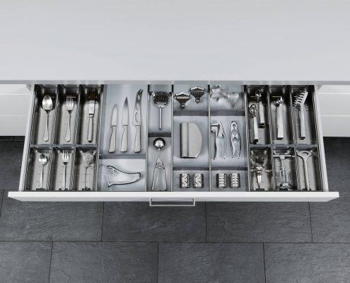KüchenGalerie Follner; Aufbewahrungsbeispiel. Besteckkasten. Bildquelle: Wellmann